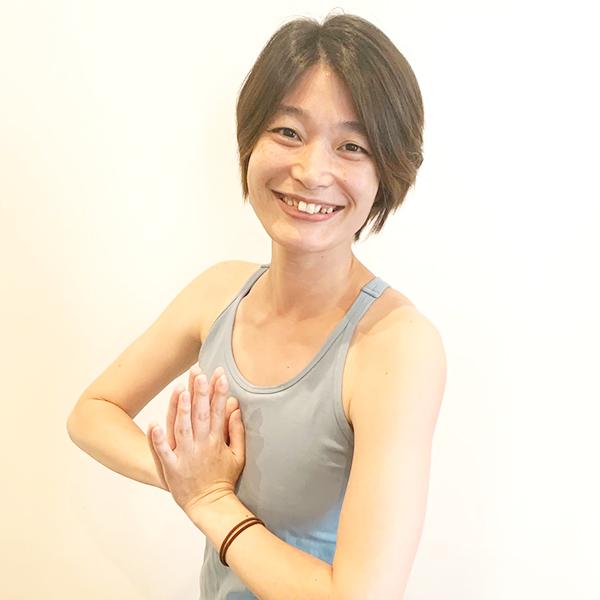 金塚麻衣子(かなづかまいこ)