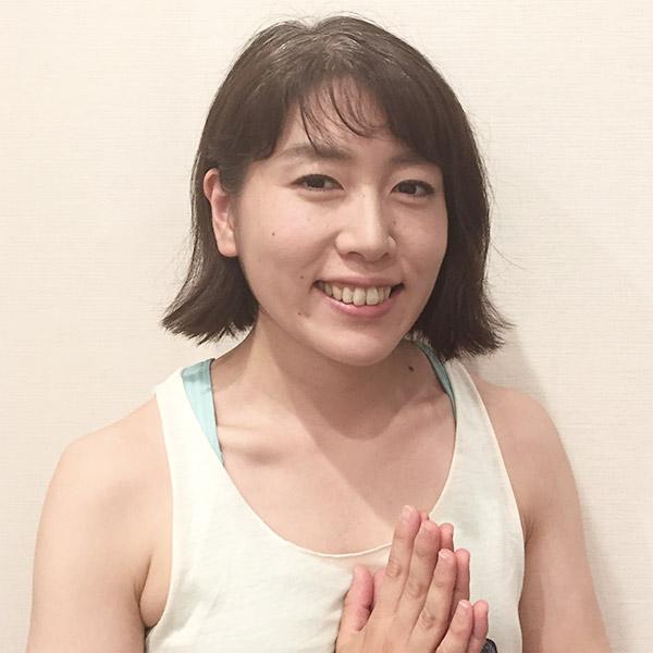 恵谷永里子(えだにえりこ)